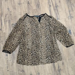 Leopard Medium Blouse with Black Tr…